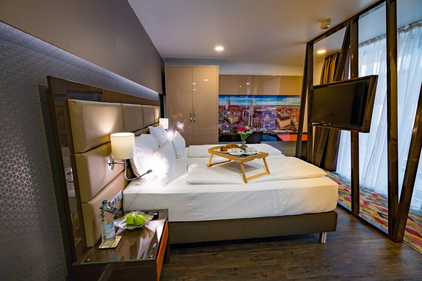 Munich_Hotel_Kreis_Residenz_Deluxe_Room